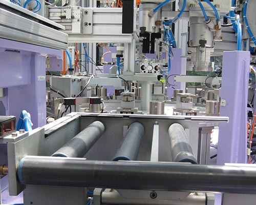 machine assemblage avec contrôle de qualité rouleaux presse