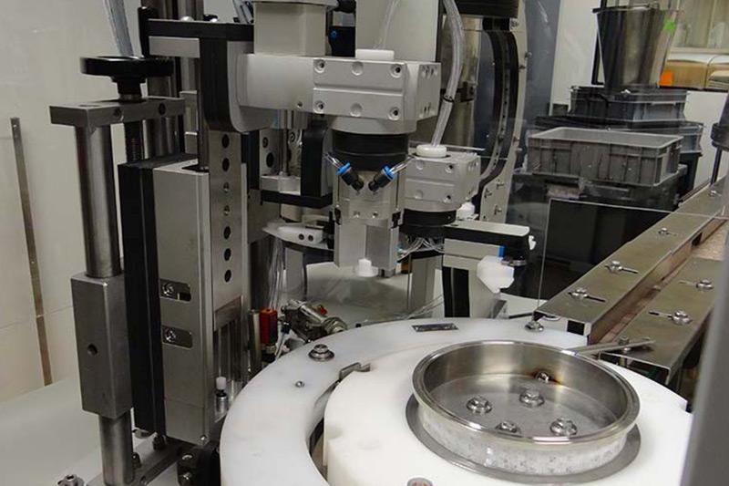 Machine Process Bouchonneuse Flacons Remplissage